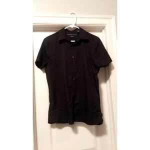 Perry Ellis black button down size small!